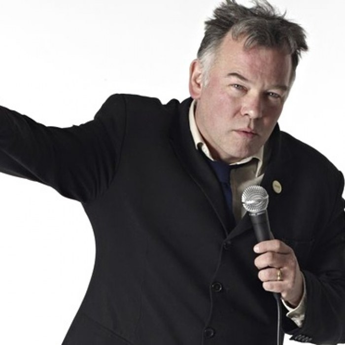 Stewart Lee: A Room With a Stew - a tongue-in-cheek comic on top of his game